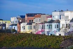 五颜六色的房子在旧金山 免版税库存图片