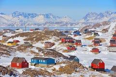 五颜六色的房子在格陵兰 库存图片