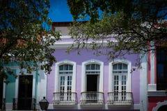 五颜六色的房子在老圣胡安波多黎各 库存图片