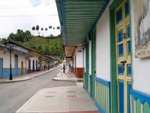 五颜六色的房子在Salento,哥伦比亚 库存照片