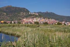 五颜六色的房子Bosa (撒丁岛) 免版税库存图片