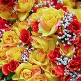 五颜六色的手工制造假玫瑰 免版税图库摄影