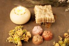 五颜六色的手工制造肥皂 免版税库存图片