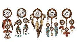 五颜六色的手拉的套5与羽毛的dreamcatcher 向量例证