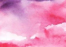 五颜六色的抽象水彩背景 桃红色,淡紫色,紫罗兰色日落,日出天空 手拉在一张湿纸 库存照片