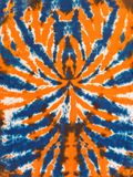 五颜六色的抽象领带染料样式设计橙色蓝色蜘蛛 免版税图库摄影