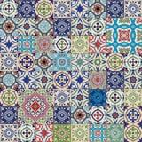 从五颜六色的摩洛哥,葡萄牙瓦片, Azulejo,装饰品的兆华美的无缝的补缀品样式 免版税图库摄影
