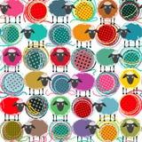 五颜六色的无缝的绵羊和毛线球样式 免版税库存图片