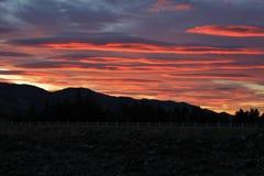 五颜六色的日出在Hawea 库存照片