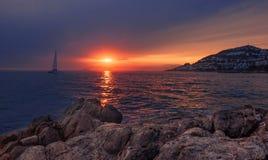 五颜六色的日落 剧烈和大气风景 肋前缘Brava 库存图片