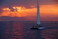 五颜六色的日落 剧烈和大气风景 肋前缘Brava 库存照片