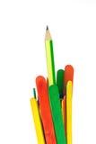 五颜六色的木冰淇凌棍子和铅笔 免版税图库摄影