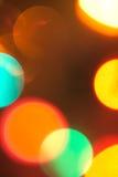 五颜六色的未聚焦的圣诞灯 免版税图库摄影