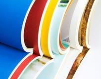 五颜六色的杂志栈 免版税库存照片