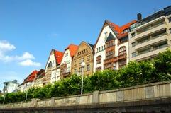 五颜六色的杜塞尔多夫房子 库存照片