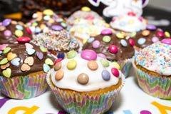 五颜六色的杯形蛋糕 图库摄影