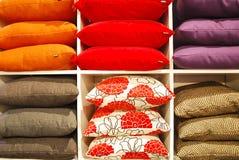 五颜六色的枕头 图库摄影