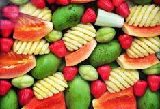 五颜六色的果子背景 免版税库存图片