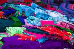 五颜六色的样式和细节纺织品服装亚洲种族 库存照片