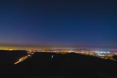 五颜六色的橘郡加利福尼亚Nightscape 免版税图库摄影