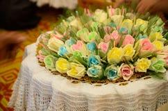 五颜六色的檀香木为葬礼泰国本机ceremo开花 库存照片