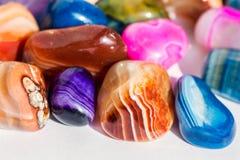五颜六色的次贵重的石头玛瑙, 库存照片