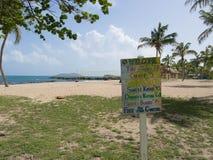 五颜六色的海滩活动价格表 库存照片