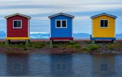 五颜六色的渔小屋 免版税库存图片