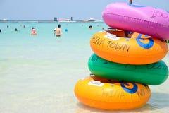 五颜六色的游泳圆环 免版税库存照片
