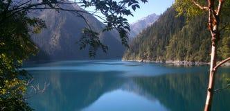 五颜六色的湖 库存照片