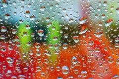五颜六色的湿视窗 免版税库存照片