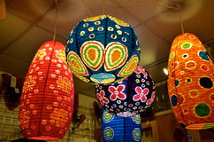 五颜六色的灯笼在缅因 免版税库存照片
