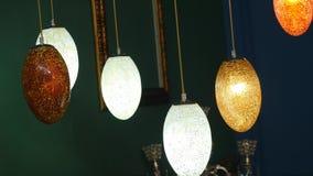 五颜六色的灯,用于装饰和事件,使用当背景图象装饰,传统灯 股票录像