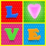 五颜六色的爱字母表和桃红色气球在流行艺术背景 库存图片