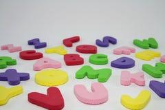 五颜六色的玩具字母表信件。 免版税库存图片