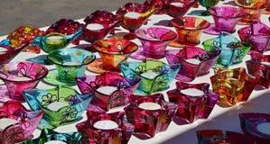 五颜六色的玻璃烛台纪念品,马耳他 图库摄影