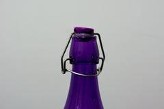 五颜六色的瓶由玻璃制成 库存照片