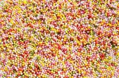 五颜六色的甜爱小珠 免版税库存图片