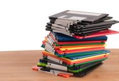 五颜六色的盘懒散的过时的栈 免版税库存图片
