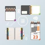 五颜六色的笔记本和日历集合 免版税图库摄影