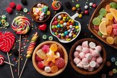 五颜六色的糖果、果冻和橘子果酱 库存图片