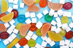 五颜六色的糖果和果冻 免版税库存图片