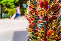 五颜六色的糖果在一个明亮的夏日-土耳其 免版税库存图片