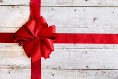 五颜六色的红色圣诞节弓 免版税图库摄影