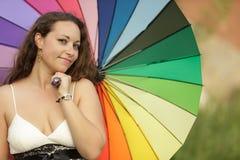 五颜六色的纵向妇女 免版税库存照片