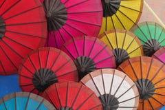 五颜六色的纸伞 库存图片