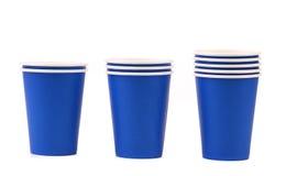五颜六色的纸咖啡杯。 免版税库存图片