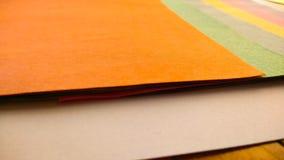 五颜六色的纸艺术和工艺背景 库存照片