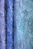 五颜六色的织品用于设计妇女的各种各样的衣裳,并且人,它可以帆布或棉花和甚而丝绸所有suitab 免版税库存照片