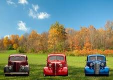 五颜六色的经典汽车 免版税库存图片